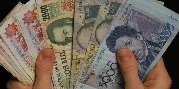 Venezuela is on Edge of Economic and Political Meltdown